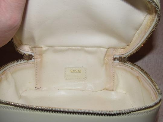 Gucci Petite But Roomy Dual Zip Closure Excellent Vintage Restored Lining Bamboo Accents Satchel in white patent leather Image 8