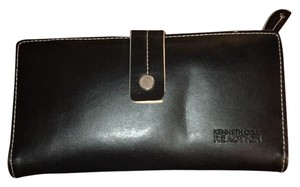 Kenneth Cole genuine leather wallet