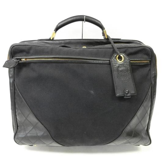 Preload https://img-static.tradesy.com/item/20551461/chanel-unisex-quilted-briefcase-black-leather-canvas-laptop-bag-0-1-540-540.jpg