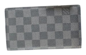 Louis Vuitton Damier Graphite Brazza Wallet 17LVA1122