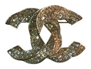 Chanel gold brooch fall 2014
