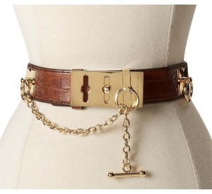 BCBGMAXAZRIA brown toggle belt gold chain size Small