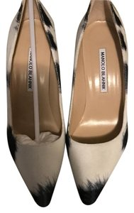 Manolo Blahnik Black/White Pumps