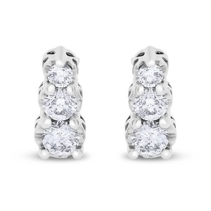 Other 1.00 CT Natural Diamond Graduated Tower Stud Earrings in Solid 14k