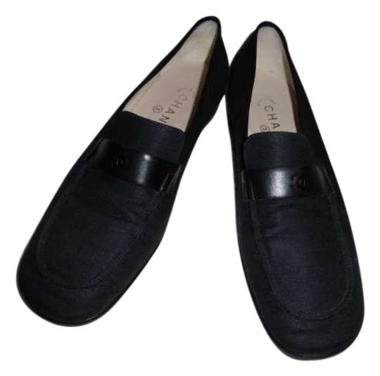 Preload https://item4.tradesy.com/images/chanel-loafers-moccasins-closed-flats-size-us-8-205533-0-0.jpg?width=440&height=440