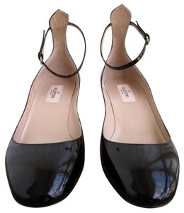 Valentino Ankle Strap Patent Leather Black Pumps