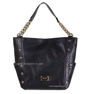 Michael Kors Mk Large Mk Black Leather Gold Chains Delancy Large Tote in Black/Gold hardware