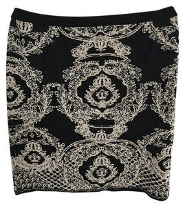 Carmen Marc Valvo Knit Sweater Mini Skirt Black & Gold