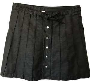 Free People Vegan Mini Faux Leather Hard To Find Mini Skirt