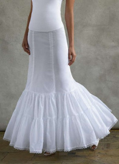 Preload https://img-static.tradesy.com/item/205543/david-s-bridal-white-fit-and-flare-slip-style-550-0-0-540-540.jpg