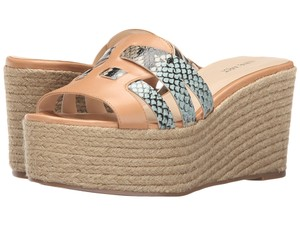 Nine West Taupe Sandals