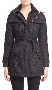 Burberry Brit Snap-down Gunflaps Snap-down Storm Flap Detachable Hood Diamond Quilting Lined Black Womens Jean Jacket