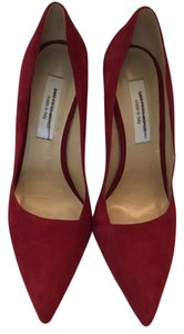 Saks Fifth Avenue red Pumps