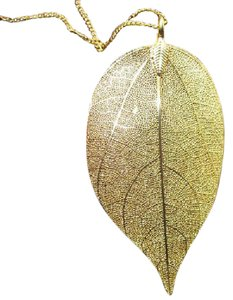 TIVOLI Large Gold Plated Leaf Necklace (with additional FREE GIFT)