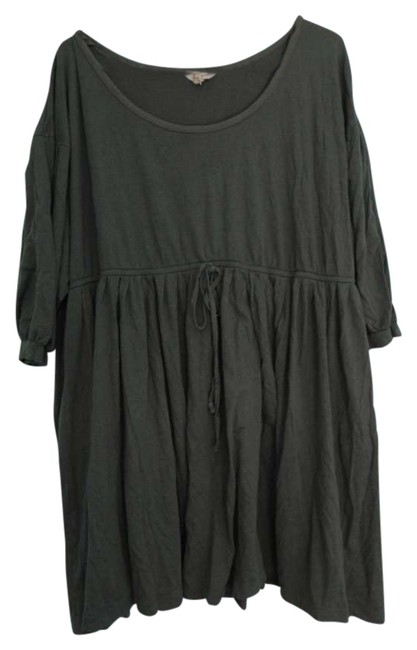 Preload https://item1.tradesy.com/images/old-navy-gray-plus-size-tee-shirt-size-24-plus-2x-205560-0-0.jpg?width=400&height=650
