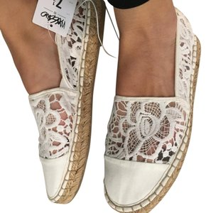 Mossimo Supply Co. White Lace Flats