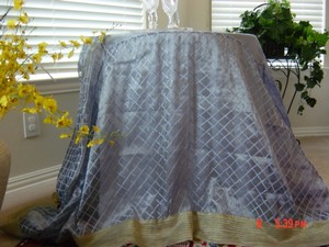 Preload https://item1.tradesy.com/images/silvergold-table-topper-tablecloth-2055675-0-0.jpg?width=440&height=440