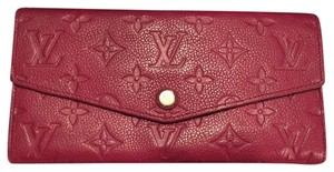 Louis Vuitton Curieuse