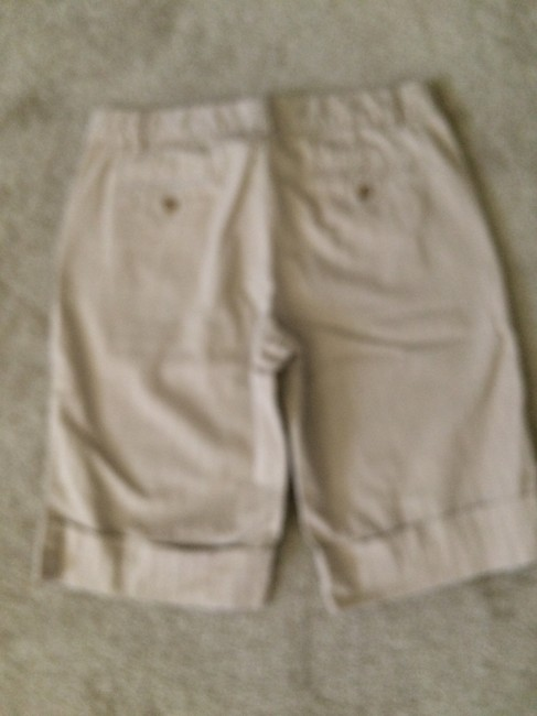 Old Navy Bermuda Shorts beige
