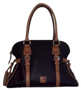 Dooney & Bourke Dillenleather Satchel in Black w/sierra tan trim