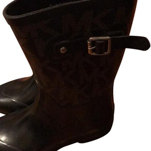 Michael Kors black with brown letters Boots