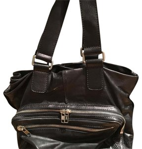 Chlo Tote in black