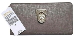 Michael Kors SALE!!!! NWT MK Leather Hamilton Zip Around Large Wallet Clutch