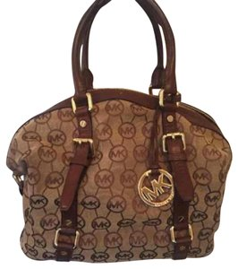 Michael Kors Satchel in brown and tan