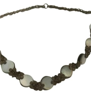 Mother of pearl and fi,ogre silver necklace