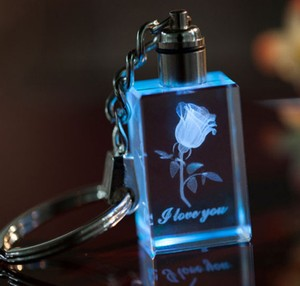 COLORFUL FLASHING LED LIGHTED KEY CHAIN WITH ROSE CARVED INSIDE