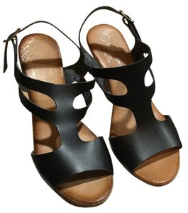 Eric Michael Platform Leather Black Sandals