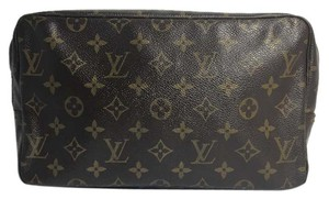 Louis Vuitton Authentic Louis Vuitton Monogram Trousse Toilette 23 Cosmetic Pouch