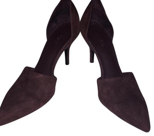 Preload https://img-static.tradesy.com/item/20559061/vince-claire-oxblood-suede-pumps-size-us-75-regular-m-b-0-1-540-540.jpg