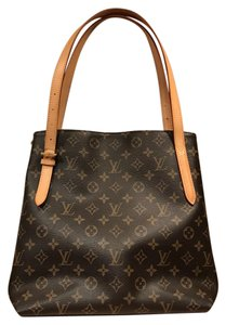 Louis Vuitton Monogram Canvas Lv Retired Excellent Condition Shoulder Bag