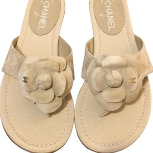 Chanel Thong Suede Camelia Beige Sandals