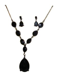 Trifari necklace & earring set