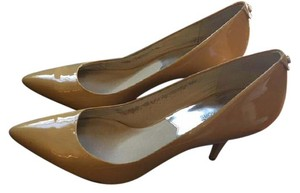 Michael Kors Collection Leather Mk Formal Nude Pumps
