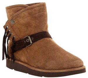 UGG Australia brown tan Boots