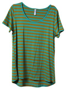 LuLaRoe T Shirt stripes