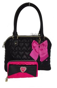 Betsey Johnson Dome Satchel in black