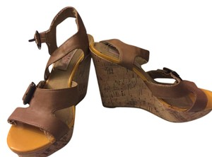 American Girl Brown/Yellow Wedges