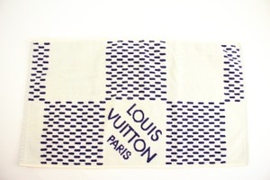 Louis Vuitton Damier Azur Towel 41LVA11617