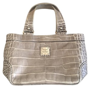 Dooney & Bourke Tote in Beige