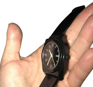 Nixon NIXON TIME TELLER P WATCH- black