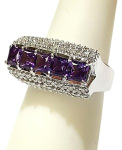 DeWitt's Beautiful 14K White Gold , Diamonds & Amethyst Ring Size 7