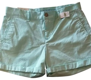 Gap Cuffed Shorts Light mint green color