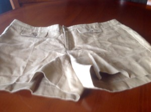 Banana Republic Ryan Fit Mini/Short Shorts Beige