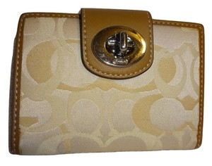 Coach OPTIC Cream/Ivory/Taupe Signature Canvas Turn Lock Bifold Wallet 43905