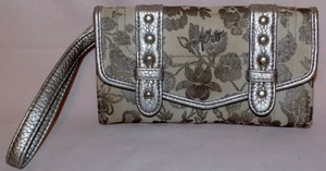 Aropostale Whimsical Floral Wallet by Aero