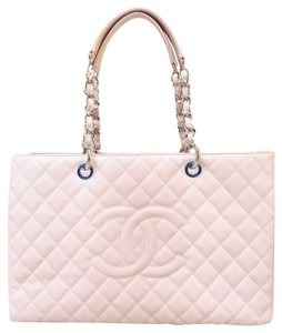 Chanel Gst Caviar Xl Shoulder Bag